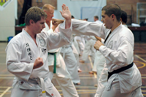 rhee_tkd_self-defence_drill